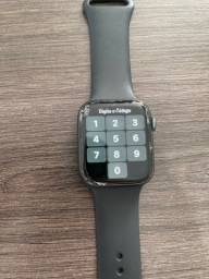 Apple Watch Series 4 44MM / Tela Trincada /