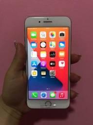 Vendo iphone 8plus God  64 gigas Impecável com o plastico na tela ainda