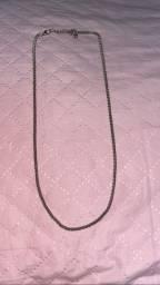 Cordão simples com fecho e regulável