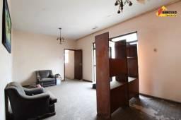 Título do anúncio: Apartamento à venda, 4 quartos, 1 suíte, 1 vaga, Centro - Divinópolis/MG