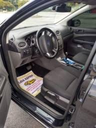 Ford Focus Hatch 2.0 auto. Flex 05 portas