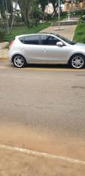 Hyundai i30, 2010/2011, 5 portas, cor Prata, teto solar, pneus em bom estado, top de linha