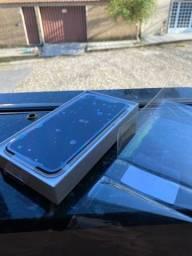 Vendo iPhone 11 64gb 40 dias de uso impecável !!!!negociável