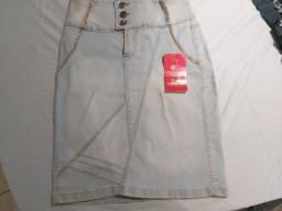 Título do anúncio: saia de jeans claro  marca 23º