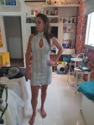 Vestido de Festa brilhante curto.