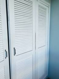 Porta de madeira completa