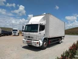 caminhão  bau  cod:po80