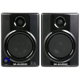 AV40 - Monitor de Referência 20W Studiophile AV 40 ( Par ) - M-Audio<br><br>