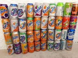 Coleção de latas antigas