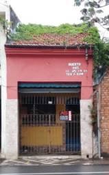 Título do anúncio: Vende casa em ( área comercial ) próximo à rodoviária de Guaratinguetá
