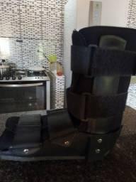 Título do anúncio: Bota ortopédica bilateral, tamanho M- n° 37 ao 40