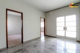 Título do anúncio: Casa Residencial à venda, 4 quartos, 1 suíte, 4 vagas, Porto Velho - Divinópolis/MG