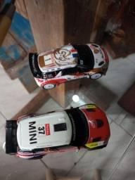 Dois carrinhos colecionáveis 50 reais os dois