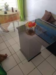 Título do anúncio: Mesa de vidro base madeira