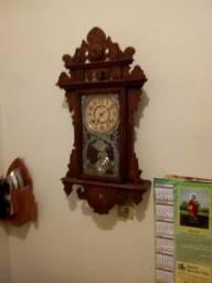 Vendo relógio antigo marca Ansonia(fabricação 1856)