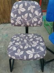 Cadeira de escritório sem rodizio