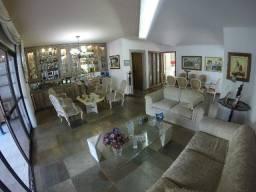 Vendo Apartamento com 4 suítes no miolo da Praia do Canto, 2 vagas, 290m²