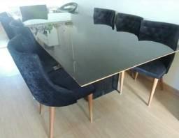 Vendo linda mesa com cadeiras - Aceito proposta