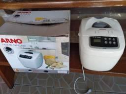 Máquina de fazer pão Arno Bread Home 600w