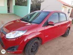 Ford fiesta sedan 2011/ zetec rocam 1.6. Completo