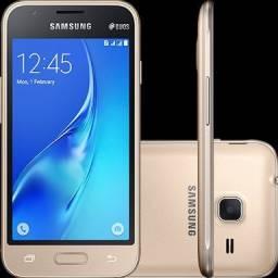 Samsung J1 MINI VITRINE