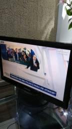 TV Monitor Samsung Modelo LN22C450 Tamanho 22 Polegadas, Ótimo Estado, Com os Cabos