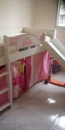 Vendo cama infantil da Barbie com escorregador