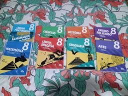 Livros  da 8 série  escola Adventista