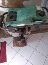 Compactador de solo toyama e wacker