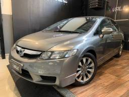 Civic LXL 1.8 16v A/T + 04 Pneus GoodYear novos