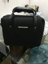 Linda maleta de viajem feminina