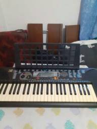 Orgão teclado Yamaha psr 79