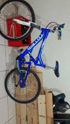 Bicicleta totem semi nova