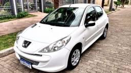 Título do anúncio: Peugeot 207 1.4 XR 2012 NOVO