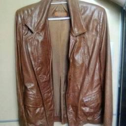 Jaquetas de couro legitimo tamanho M 100 reais cada.