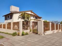 Casa, Sobrado, 5 Dormitórios, 5 Suítes, 7 banheiros, 7 Vagas, Piscina, Churrasqueira, Dom
