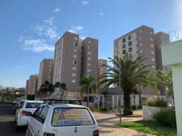 Alugo apartamento próximo ao Camaru
