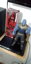 Lote com 12 bonecos da Marvel
