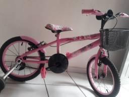 Título do anúncio: Bicicleta infantil feminina aro 16 ( não troco )