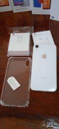 Título do anúncio: iPhone XR 64GB White Lindo sem Detalhes de Vitrine Bateria 100%