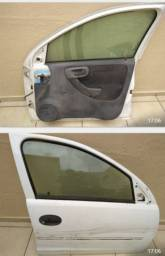 Vende se porta do corsa hatch ano 2007