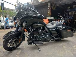 Título do anúncio: Harley Davidson street glide