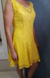 Título do anúncio: Vendo lindo vestido em renda