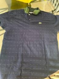Camisa masculina modelo polo Lacoste