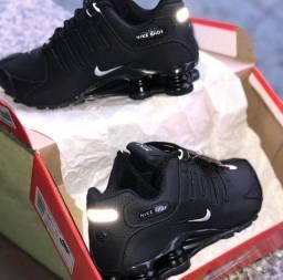 Nike shoks R4 Premium