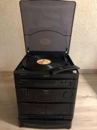 Toca discos com CD e com controle remoto