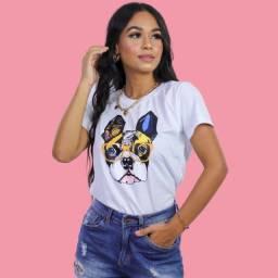 T-shirts bulldog colorido