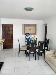 Excelente apartamento na Pituba 2 aptos por andar, 104m, 1 garagem coberta, nascente, Rua