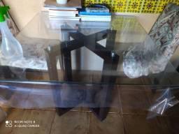 Mesa com 4 cadeiras superconservadas