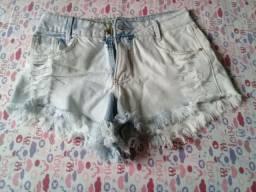 Shorts jeans feminina seminova
